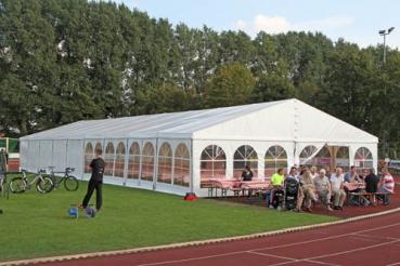 Das Richtige Zelt Fur Die Hochzeit Zeltverleih Zelt Mieten Zeltbau